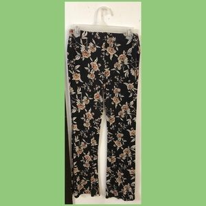 Floral stretch flare pants